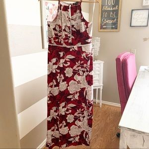 Dresses & Skirts - Halter neck floral maxi dress sz Medium